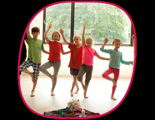 Yoga Kids Kinder Yoga Krankengymnastik Kurs Physiotherapie in Berlin Zehlendorf Schlachtensee